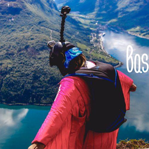 Base jump - Une blonde en Norvège
