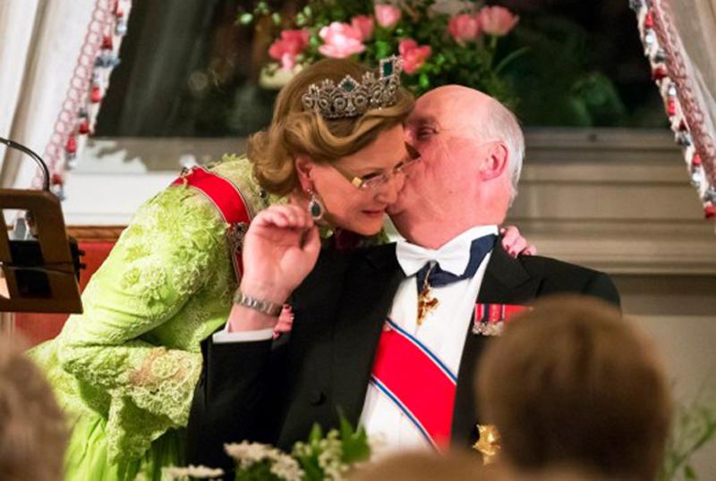 Harald et Sonja de Norvège ont fêté leurs 80 ans