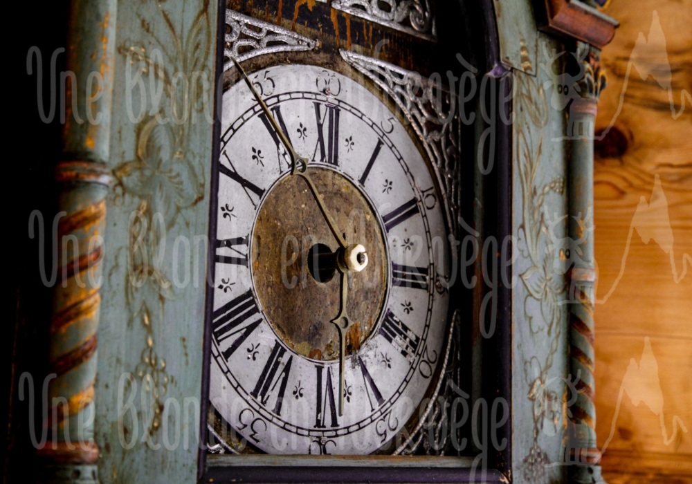 Horloge ancienne en rosemåling